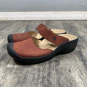 Keen Red Slip On Mule Sandals Women's Size 8.5